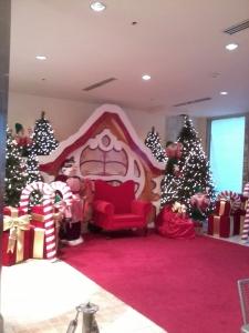 Another Trini Mall pic! -Beautiful Santa's corner!