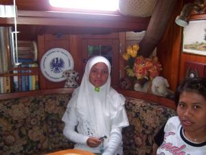 """Pic taken in """"El Cordero""""- kids in Indonesia"""
